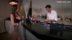 Fuck met een ober in de nachtclub