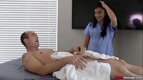 Een porno massage die heel goed afloopt